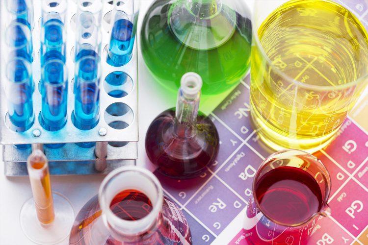 Industria química, probetas, compuestos